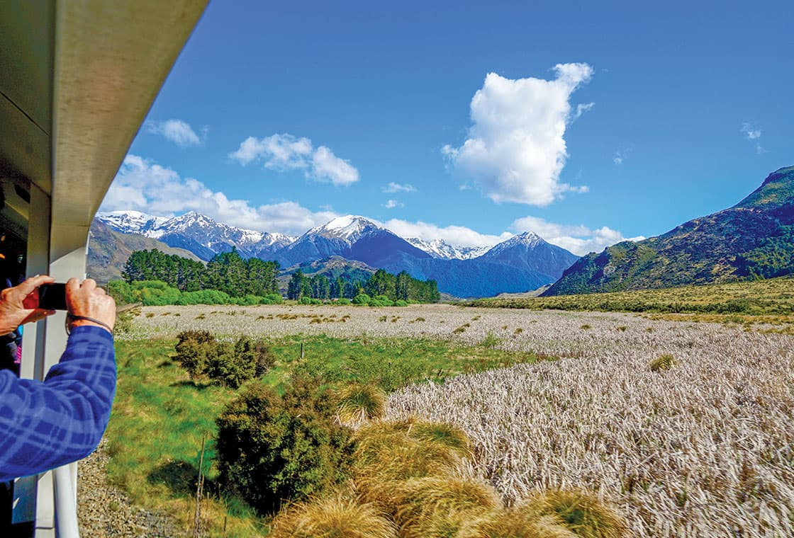 Thumbnail image from New Zealand ~ Land of the Long White Cloud